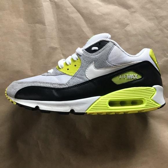 Nike Air Max 90 RARE Colorway Size 9.5 Men's